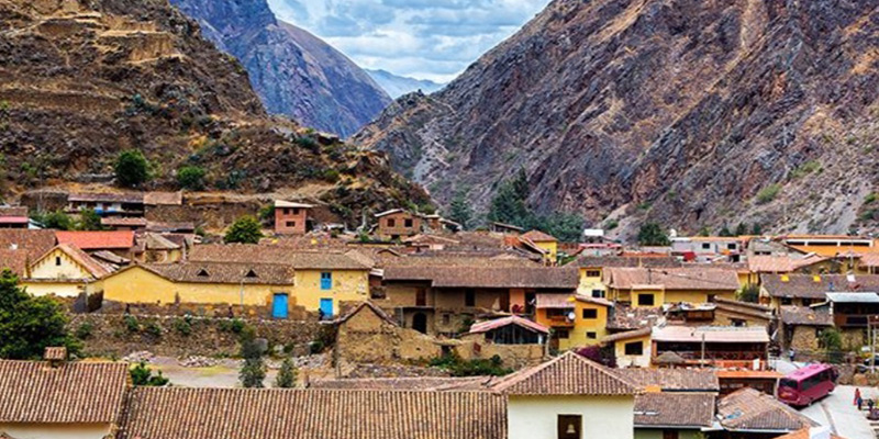 Azamara Club Cruises South America and Machu Picchu Land & Sea Package